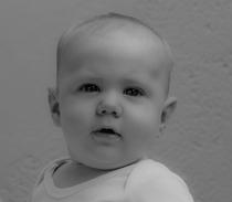 Mihajlo 6 Monate alt